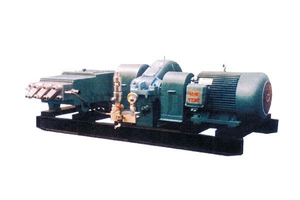 3QP105型超高压柱塞泵