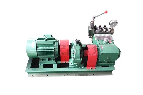 3QP0(3DP35) 型三柱塞往复泵