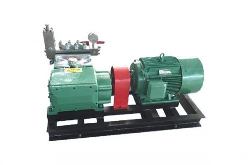小型高压往复泵